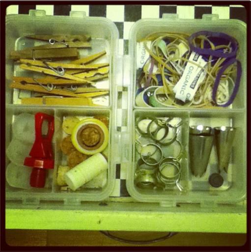 The Non-Consumer Advocate: Junk drawer storage